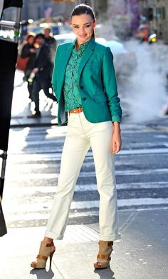 Love this teal jacket and teal blouse with the white pants and and booties. Teal is a great colour on everyone. Click on the pic to read more about it.