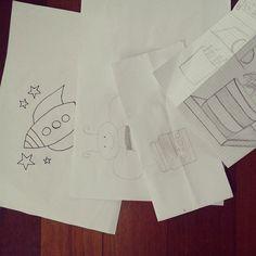 Bocetos de nuestros pequeños artistas .... empiezan con puntas secas.... by fundacion_ciec