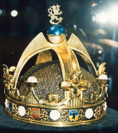Official and Historic Crowns of the World and their Locations: Croatia 32 Austria 33 Czech Republic 34 Sweden 35 Finland 36
