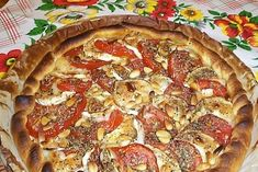 Tarte chèvre-tomate Vegetable Pizza, Pie, Vegetables, Breakfast, Desserts, Quiches, Food, Ramadan, Goat Cheese