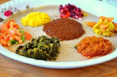 This is Eritrean organic food which is made up of vegetables and different cereals Around The World Food, Eritrean, Food Challenge, World Recipes, Your Recipe, Tasty Dishes, Organic Recipes, Food To Make, Delish
