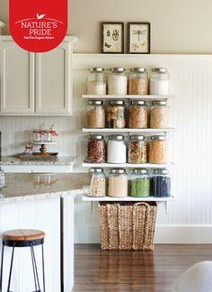 Küçük fikirlerle bakliyatlarınızı sakladığınız yeri, mutfağınızın en güzel köşesi yapabilirsiniz.