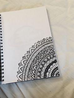 Mandala Doodle, Easy Mandala Drawing, Mandala Art Lesson, Doodle Art Drawing, Mandalas Drawing, Cool Art Drawings, Drawing Tips, Mandala Sketch, Easy Doodle Art