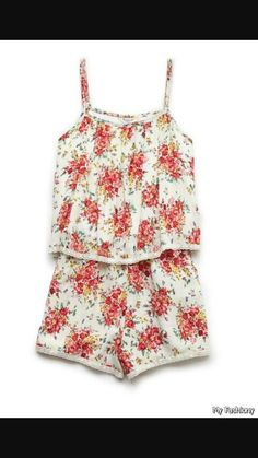 Cute flower romper cute for the summer that you would love to put on