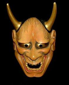Red Black White 般若 Evil Oni Noh Hannya Mask Necklace Theme Resin pendant Masks