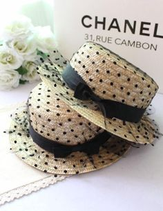 2014 Summer Black Dotted Lace Mesh Paper Straw Sun Hats For Ladies by Chanel Fascinators, Headpieces, Facinator Hats, Mode Chanel, Sun Hats For Women, Women Hats, Love Hat, Summer Hats, Polka Dots