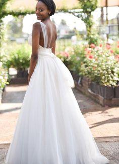 #proudlylubellos #dresscandy Bridal Boutique, Bride, Wedding Dresses, Weddings, Fashion, Wedding Bride, Bride Dresses, Moda, Bridal Gowns