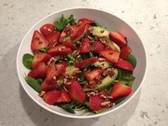 Strawberry-Pecan Salad w/Chicken Breast  Cup mixed green salad Tomato sliced 1/2 avocado 4 oz. chicken breast 1 tbsb. pecans crushed 1 tbsp. olive oil squeezed lemon  Macronutrient profile: Calories-590 Protein-50g Carbs-28g Fat-34g