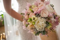 Wedding bouquet paeonia Флорист: Ангелика Милевская FLORENTINO