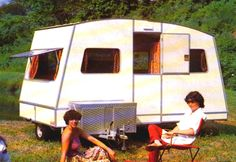 The Confort/Confortmatic caravan is the smallest of the Rapido folding trio, and can be towed by many of the smaller cars, but will comfortably sleep four people on its two double beds. With a six foot settee, a two burner cooker with grill, a sink, plenty of storage and a fixed table which can, (at a push), seat six, it is still quite spacious. The two berth version has a toilet and washroom.