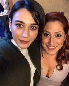 Ask kaftan anlamaz Teen Celebrities, Celebs, Murat And Hayat Pics, Cute Selfie Ideas, Cap Girl, Cute Love Stories, Casting Pics, Best Dramas, Turkish Beauty