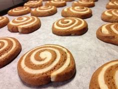 Candy Recipes, Cookie Recipes, Dessert Recipes, Desserts, Good Food, Yummy Food, Christmas Baking, Christmas Recipes, Christmas Cookies