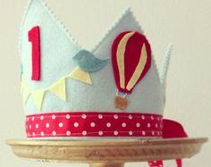 NIÑO cumpleaños caliente aire ballon y pájaro corona cumpleaños