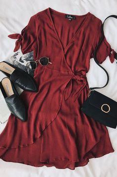 Сеты с красным платьем. 0