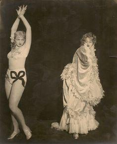 French Burlesque, 1920s. —via hoodoothatvoodoo