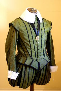 Green silk Elizabethan man's doublet and paned slops, by Andrew Reid (SCA - Master Bartolomeo Agazzari).