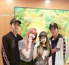 Exo Couple, Couple Goals, Kpop Couples, Cute Couples, Jennie Kim Blackpink, Blackpink Lisa, News Stories, Chanyeol, Kai
