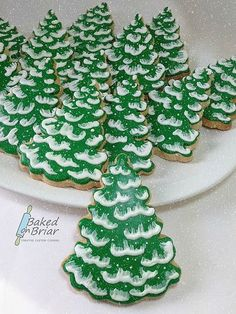 Simple Evergreen Cookies, love this on a white or silver platter