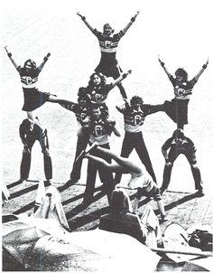 Oregon cheerleaders at Autzen Stadium 1977.  From the 1978 Oregana (University of Oregon yearbook). www.CampusAttic.com