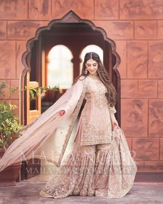 "Maha Wajahat Khan on Instagram: ""Gorgeous Rabia 💕 #mahasphotography @faizas.salon @mahawajahatkhan @mahasdesignofficial  @mahasphotographyofficial  Designer @shazia_kiyani…"" Bridal Dress Design, Sharara, Bridal Shoot, Bridal Beauty, Pakistani Dresses, Sweet Girls, Girl Pictures, Bridal Dresses, Designer Dresses"