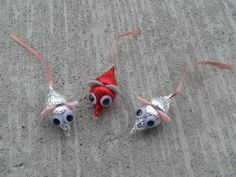 Cute mice for Valentines Day.  Made with Hersheys kisses.  This would be fun for Alec's class