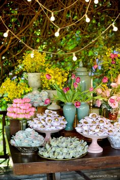 Beautiful tones of Aqua and pink combined to make a vibrant sweet table Wedding Trends, Diy Wedding, Dream Wedding, Wedding Day, Garden Birthday, Kids Party Themes, Party Ideas, Wedding Decorations, Table Decorations