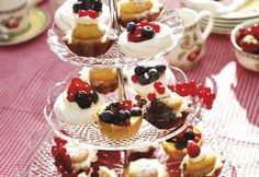 Mini pasteleria , pequeños bocados ácidos ,frutales ,de chocolate, y crocantes :organizacionlb@yahoo.com.ar