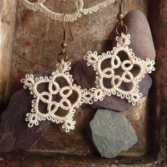 Tatting jewelry    I've made a lot of this pattern before, but never thought to turn into earrings.  VERY PRETTY!