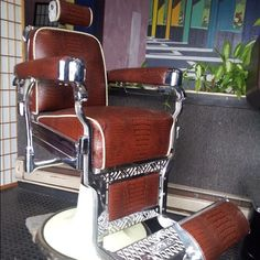 Gator skinned barber chair - THROW back :) Beautiful Haircuts, Barber Chair, Hair And Beard Styles, Cool Chairs, Barber Shop, Shaving, Shop Ideas, Antiques, Beards