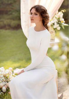 Elegantes Brautstyling mit romantischen Hairstyling