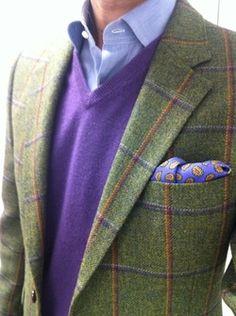 Tweed Blazer and purple sweater. Tie-less casual. Dapper Gentleman, Gentleman Style, Sharp Dressed Man, Well Dressed Men, Mode Masculine, Classic Men, Dress For Success, Suit And Tie, Sport Coat