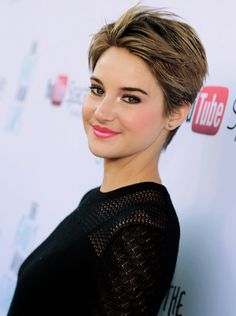 I had to post this because of my friend. She hates how Shailene Woodley has short hair now. Pixie Hairstyles, Pixie Haircut, Cute Hairstyles, Haircuts, Short Hair Cuts, Short Hair Styles, Shailene Woodley, Pixie Cut, New Hair