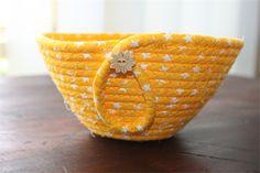 Coiled fabric basket www.madeit.com.au/BasketCase