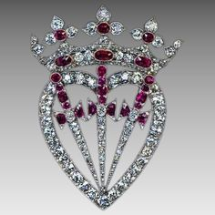 Antique Crowned Heart Diamond Ruby Symbolic Brooch Pendant Edwardian Jewelry, Antique Jewelry, Silver Jewelry, Vintage Jewelry, Art Nouveau Jewelry, Jewelry Art, Jewelry Accessories, Jewelry Ideas, Diamond Heart