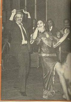 Omar el Sherif dancing with Fifi      Abdou http://www.pinterest.com/braveandreal/dance-belly-mid-east-orientale-etc/