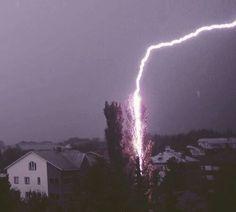 Why I? - Tormenta eléctrica - Wattpad