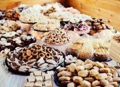 Pittsburgh Cookie Table http://shaylahawkinsevents.blogspot.com/2014/06/pittsburgh-wedding-planner-pittsburgh.html  {Shayla Hawkins Events} #cookietable #cookie #dessert #pittsburgh #SHE #pittsburghweddingplanner #wedding #dessert