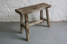 Rustic wooden stool L35