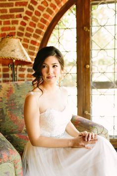 summer-esque wedding at the hummingbird nest ranch. photography by jenna…