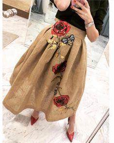 Fashion Details, Diy Fashion, Couture Fashion, Ideias Fashion, Love Fashion, Fashion Dresses, Womens Fashion, Fashion Design, Fashion Trends