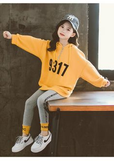 Girls Fall Outfits, Cute Girl Outfits, Cute Outfits For Kids, Girls Fashion Clothes, Kids Fashion Boy, Fashion Outfits, Korean Girl Fashion, Clothing Sets, Tops For Leggings