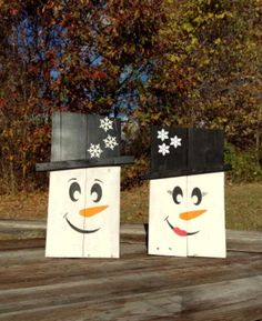 Wooden Snowman Set of Two Recycled Pallet Wood by WoofpackDesignz
