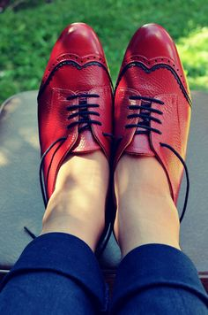 MARCUE - Women's Handmade Leather Shoes - Going to get something similar made by her =)