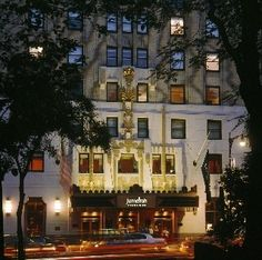 Hotel Jumeirah Essex House, New York Macy's Thanksgiving Day Parade Trip
