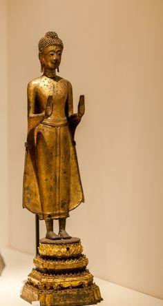 Buddha Sculpture, Buddha Statues, Buddha Art, Standing Buddha Statue, Art Thai, Th 5, Thai Style, Angkor, Fantastic Art