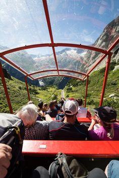Gelmersee: Wanderung rund um den See mit Gelmerbahn - Wandertipp Need A Vacation, Photo Location, Outdoor Gear, Camper, Travel Tips, Places To Go, Wanderlust, Hiking, Nature