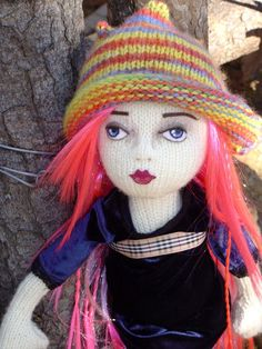 Fiona McDonald Her Blog: Latest knitted fashion dolls