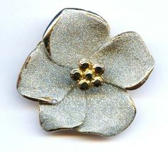"Vtg Amaryllis Flower ""Silver Glitter Pyrite"" Gold Tone XMAS Flower 3D Pin 1970s"