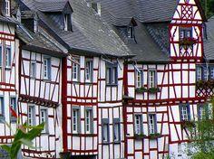 Fachwerkhäuserfarbenbild http://fc-foto.de/7705015
