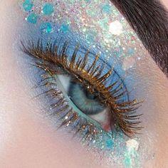 Blue eyeshadow and glitter makeup #GlitterEyeshadow